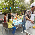 6 tips to host Backyard Barbecue