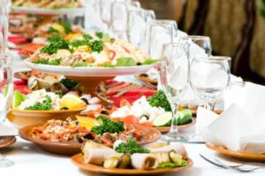 cheap-wedding-reception-food